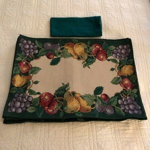 Other - 6 Assorted Fruit Place Mats w/4 green napkins